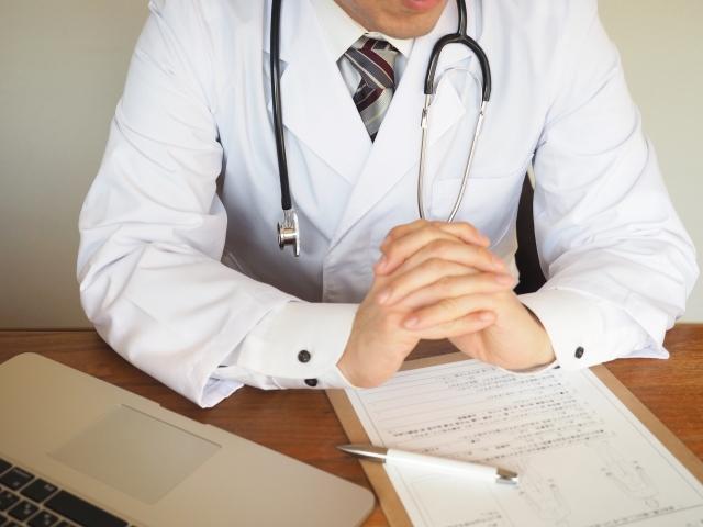 医師から妊娠を告げられる